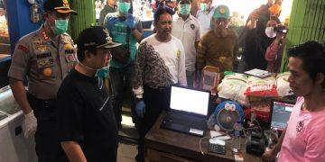 Pemantauan harga sembako di pasar di Banjarmasin