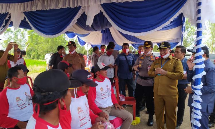 Launching Desa Pantang Mundur (Isen Mulang) Senin, (29/6/2020)