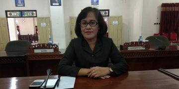 Ketua Komisi II DPRD Barito Timur, Adolina Sendol