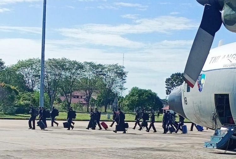 Pasukan Pengamanan Presiden (Paspampres) tiba di Bandara Cilik Riwut, Palangka Raya, Kalteng, Senin (6/7/2020)