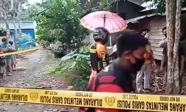 Lokasi olah TKP pemuda W (20) bunuh diri di Desa Lampeong Kecamatan Pematang Karau Kabupaten Barito Timur, Sabtu (1/8/2020)