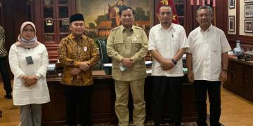 Gubernur Kalteng Sugianto Sabran usai melakukan rapat terbatas sekaligus paparan pengembangan ketahanan pangan dan progres food estate kepada Menteri Pertahanan Prabowo Subianto, di kantor Kemenhan, Jakarta, Kamis (27/8/2020)