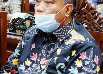 Ketua Komisi II DPRD Kalteng, Lohing Simon
