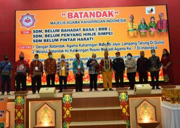 Acara Batandak oleh Majelis Agama Kaharingan Indonesia (MAKI) Palangka Raya