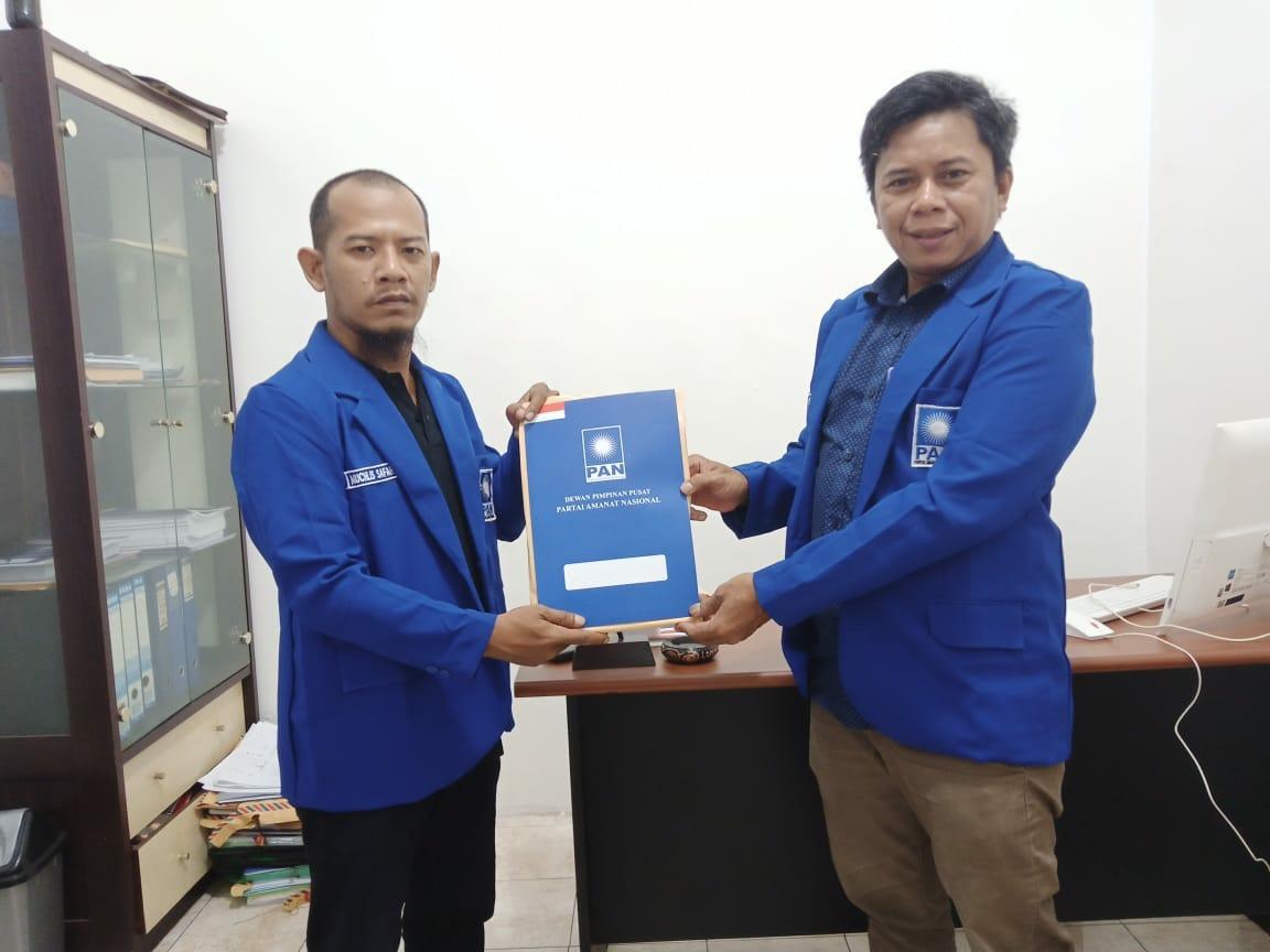Penyerahan SK kepengurusan DPD PAN Barito Utara