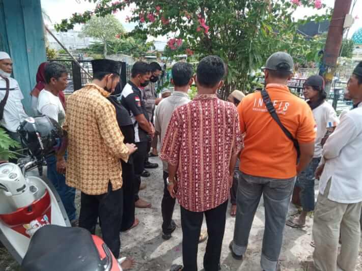 Unit SPKT Polresta Palangka Raya mendatangi lokasi pemakaman