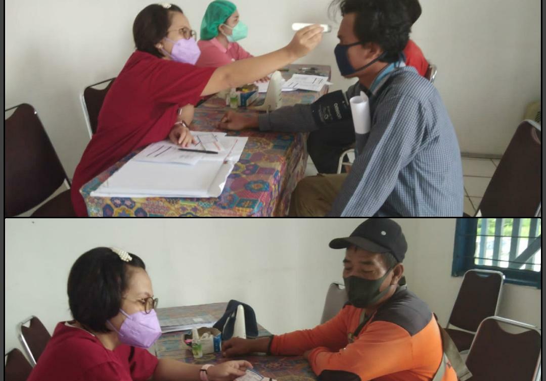 Pelaksanaan Vaksinasi Astra Zeneca yang digelar di Rumah Sakit Daerah Kuala Kurun, Senin (20/9/2021)