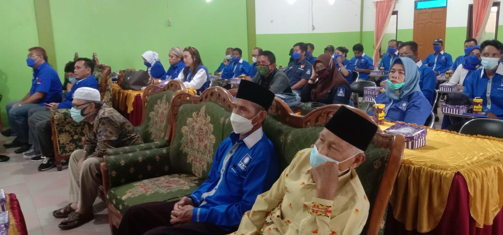 Sejumlah DPC PAN se-Kabupaten Katingan saat mengikuti Muscab V, yang dibuka langsung oleh ketua DPW PAN Provinsi Kalteng, Ir. Akhmad Diran, Selasa pagi (5/10/2021), di aula Losmen Citra Katingan